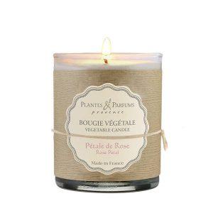 bougie végétale parfumée pétale de rose, bougie naturelle senteur fleurie. Fabrication artisanale, cire 100% végétale et mèche 100% coton.